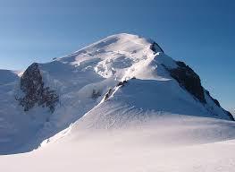 Monte Bianco, 26 evacuati a causa delle valanghe