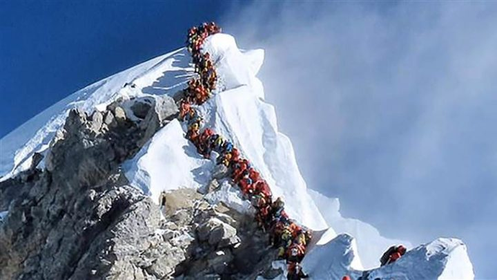 Ennesimo decesso sull 'Everest, scomparso alpinista statunitense