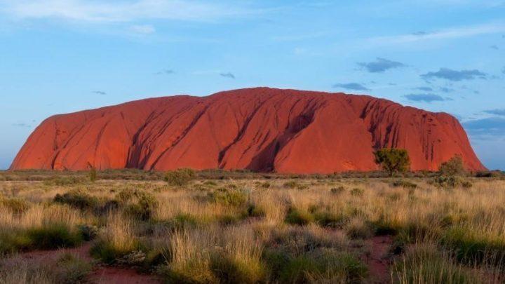 La rivincita degli aborigeni? Chiuso l'Uluru rock